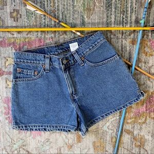 Levi's Retro Look Short Shorts